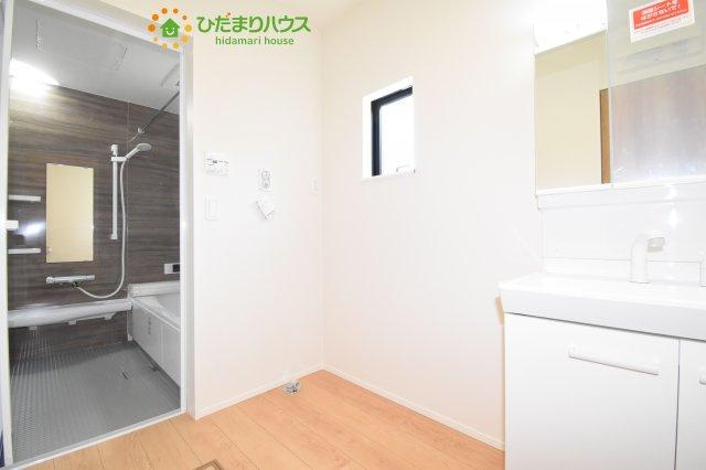 【洗面所】鴻巣市加美 20-1期 新築一戸建て リナージュ 02