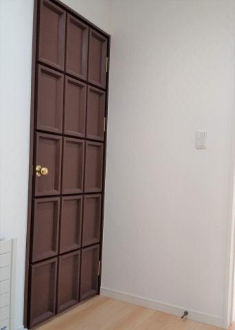 2階 ホビールームのドア