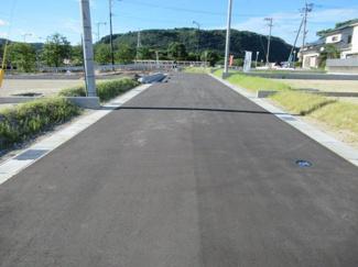 分譲地内道路の状況(南側から撮影)
