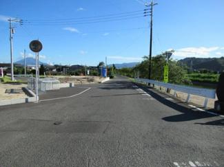 北西側市道の状況(北東側から撮影)