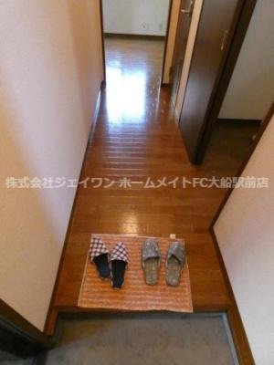 【玄関】ウッドパレス