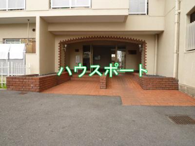 【エントランス】ジョイ嵯峨野
