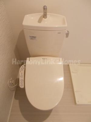stage前野町の清潔感のあるトイレです(隣に室内洗濯機置場になります)☆