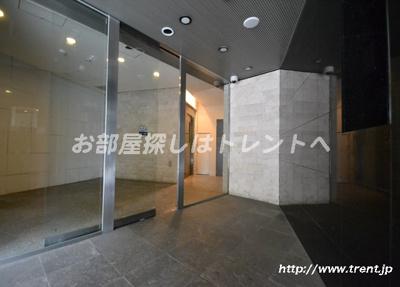 【エントランス】ザプレミアムスイート高田馬場