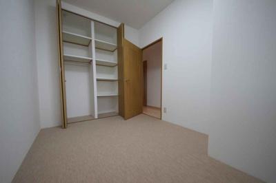 各居室収納付き♪収納だけは何個あっても嬉しいですね♪
