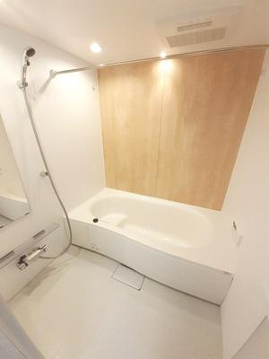 【浴室】フォーエバー西山 A