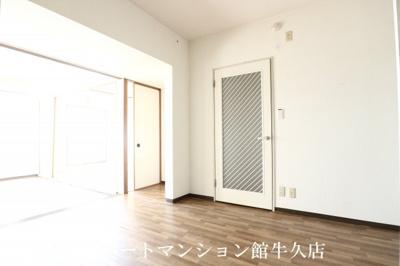 【居間・リビング】パストラル宮岡第1