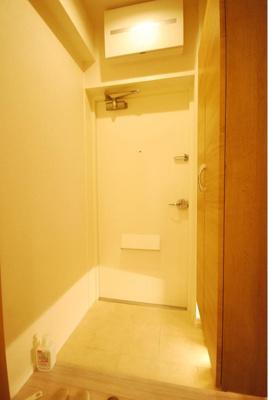 便利なシューズボックス付きで、玄関もスッキリします。