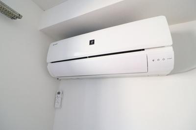 最新型エアコン