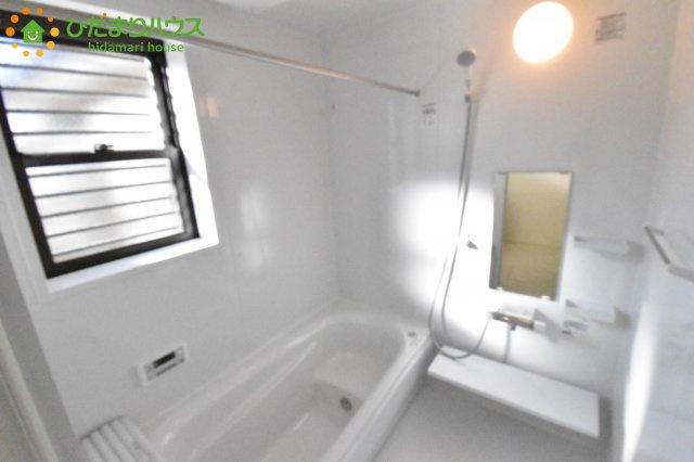 【浴室】見沼区大和田町 新築一戸建て 02