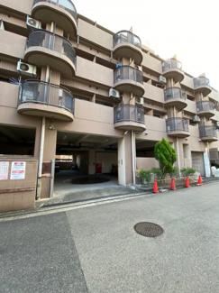朝日プラザ堺東 立体・自走式の駐車場