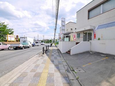 【その他】西登美ケ丘ニ丁目店舗東側2階