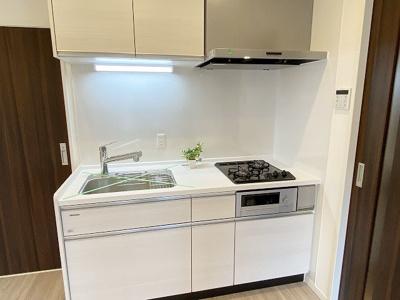 【キッチン】恵進マンション 9階 リ ノベーション済 家具 エアコン付