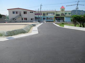 5号地の西側接道状況(北側から撮影)