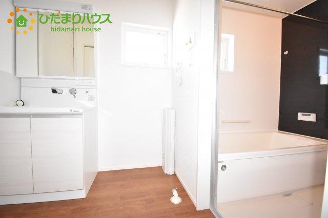 【洗面所】見沼区東大宮 第3 新築一戸建て ファーストタウン 01