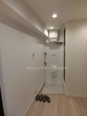 【玄関】ニュー松が谷マンション 5階 リ ノベーション済 エアコン 家具付