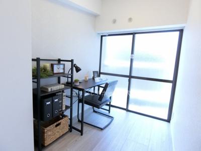 【洋室】ニュー松が谷マンション 5階 リ ノベーション済 エアコン 家具付