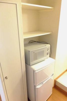 電化製品付き!備え付けの棚もあって収納に便利