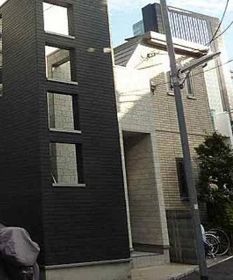 【エントランス】ファーストハウス北新宿