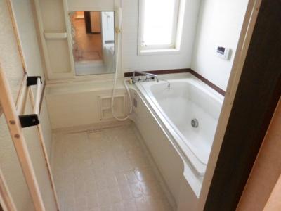 【浴室】津々山台3丁目戸建