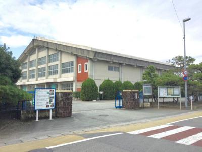 昭栄中学校