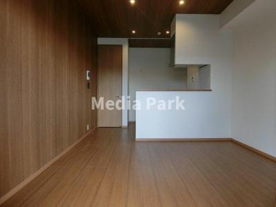【居間・リビング】PLACE1181
