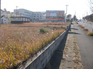 アクアリハビリテーション病院隣りの大型分譲地内