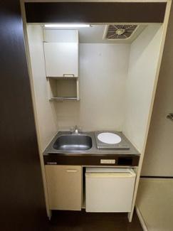 コンパクトなキッチンで掃除もラクラク。エクセレント壱番館