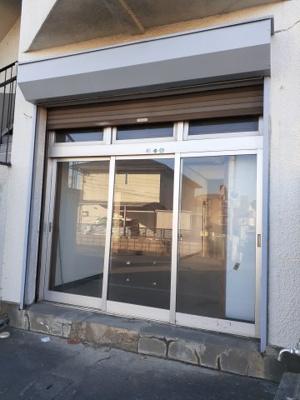 【玄関】Mプラザ6神明1F店舗(B号)