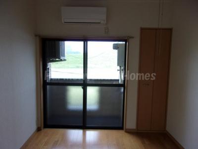 リヴィエール江戸川の使いやすい居間です(同建物・別部屋参考写真)☆