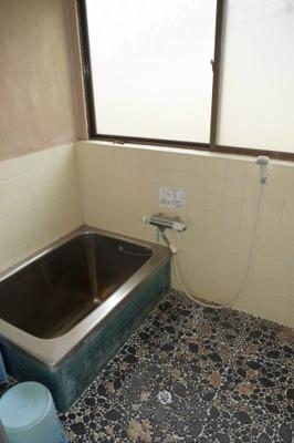 【浴室】苫田郡鏡野町上斎原 中古住宅3K