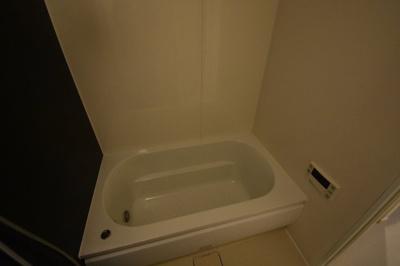 【浴室】大切なペットと暮らせるワンランク上の2LDK パークハビオ赤坂