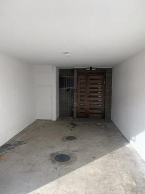 【駐車場】寝屋川市上神田2丁目中古物件