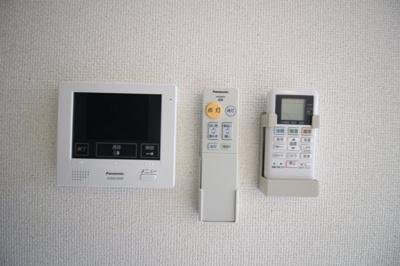 TVモニターホン☆照明、エアコンのリモコン