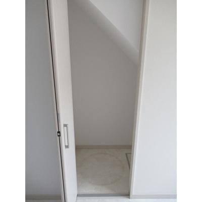 ※イメージ 収納もある玄関です