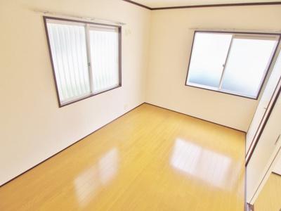 【寝室】ファミーユ壱番館