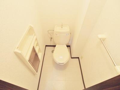【トイレ】ファミーユ壱番館