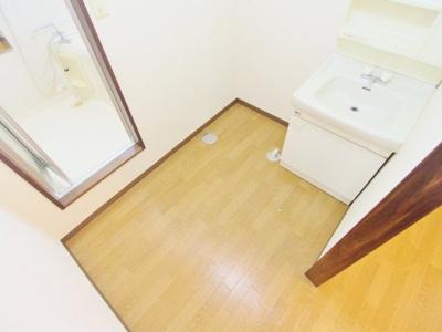 【独立洗面台】ファミーユ壱番館