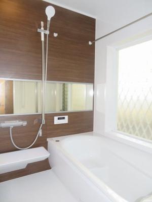 【浴室】津市河辺町字西岡