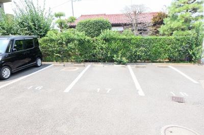 【駐車場】メゾンドールサシダ