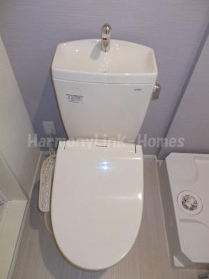 Yroom Ⅲの落ち着いたトイレです☆
