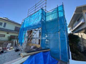 新京成線「二和向台」駅徒歩12分の全1棟の新築一戸建てです。