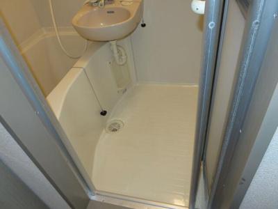 【浴室】アリビオ百年橋通り