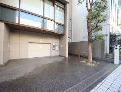 【駐車場】神戸旧居留地平和ビル