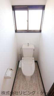 2階トイレも新規交換済み