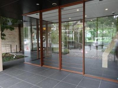 【エントランス】パークハウス東中野リヴゴーシュ