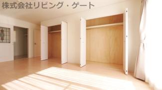 2階12帖洋室