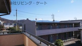 周囲に高い建物が無く、スッキリとした眺望 売主さんが惚れ込んだ富士山一望の眺望
