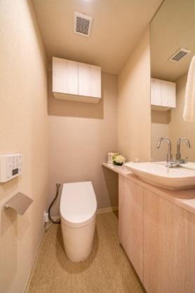 クレストプライムタワー芝:ウォシュレット機能付きタンクレストイレです!