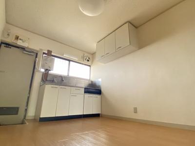 【居間・リビング】東コーポ